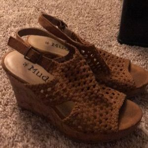 Mudd brown wedges size 8
